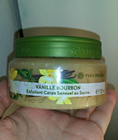 exfoliant-sensuel-au-sucre-vanille-bourbon-yves-rocher