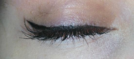 kat-von-d-tattoo-liner-closed-eye-1