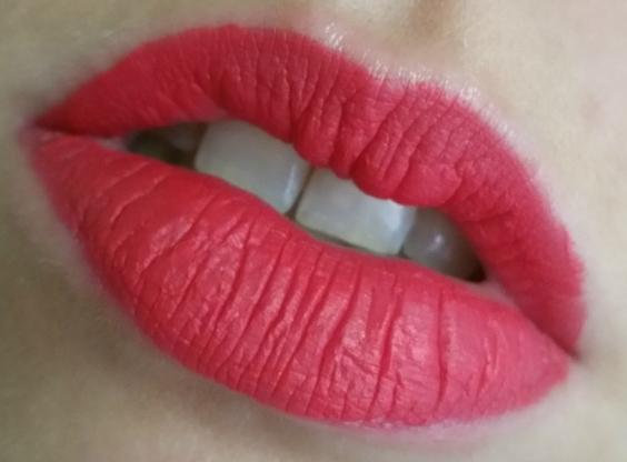 Urban Decay - Vice Liquid Lipstick Tryst #2