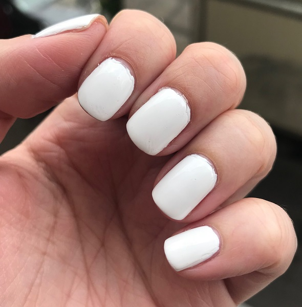 Essie - Blanc #3.jpeg
