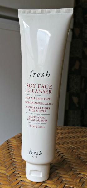 Le nettoyant visage Soy Face Cleanser de Fresh : bien mais pastranscendant