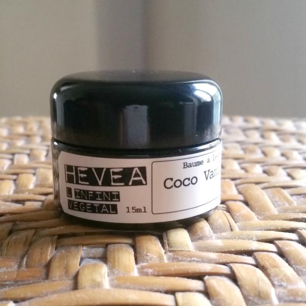 Le baume à lèvres Coco Vanille d'Hévéa : clean &efficace