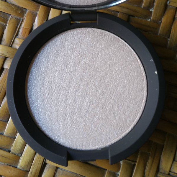 Becca - Shimmering Skin Perfector Pressed Moonstone #1
