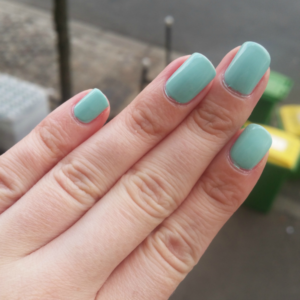 Essie - Mint Candy Apple #3