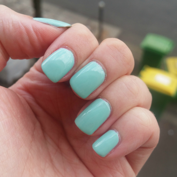 Essie - Mint Candy Apple #4