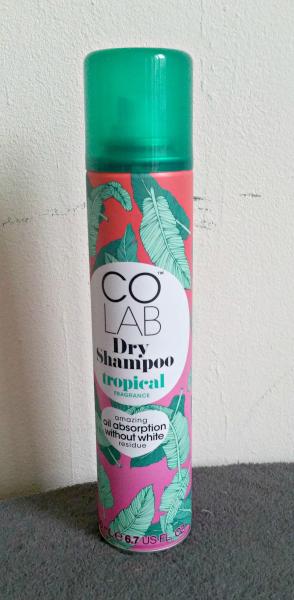 Le shampooing sec Colab : vraiment sans résidus blancs?