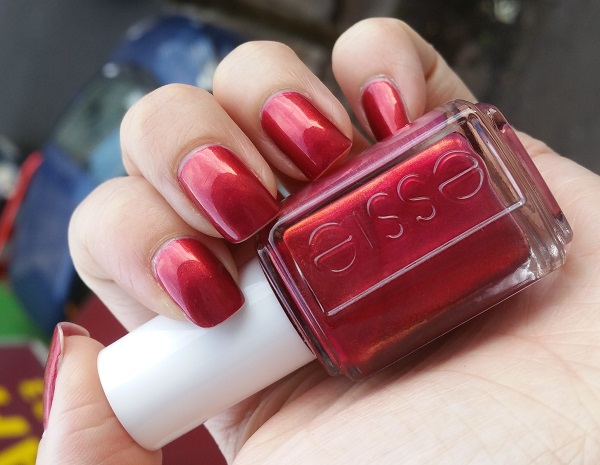 Essie - Ring in the Bling #4