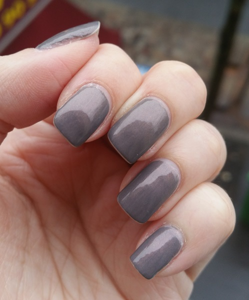 Essie - Social-Lights #3