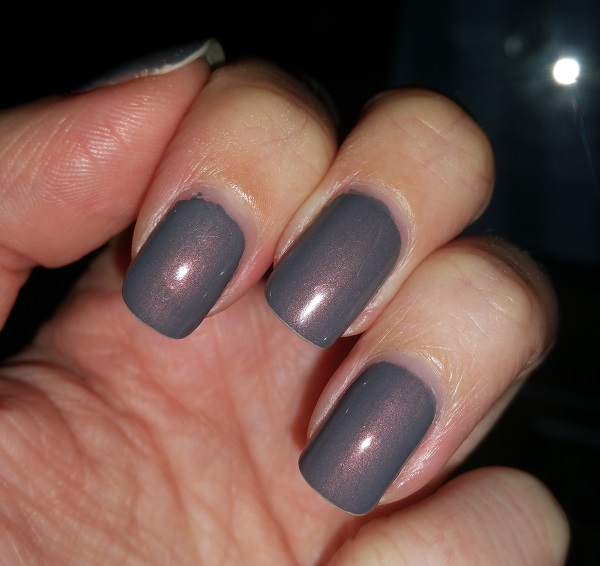 Essie - Social-Lights #4
