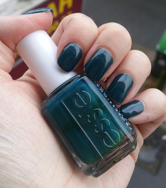 Essie - Go Overboard #1
