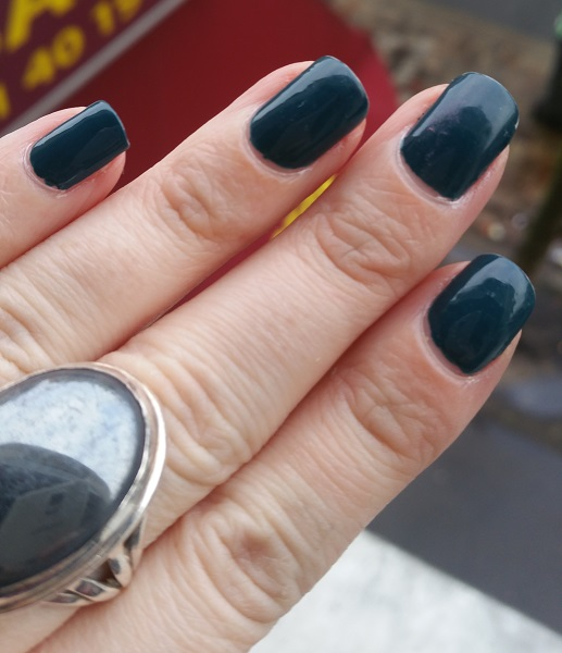 Essie - Go Overboard #2