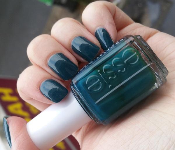 Essie - Go Overboard #4