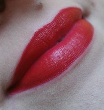 Fenty Beauty - Mattemoiselle Lipstick #18