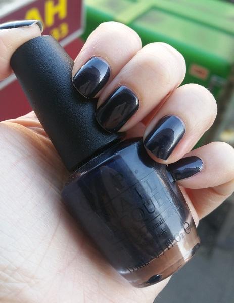 O.P.I - Light My Sapphire #1