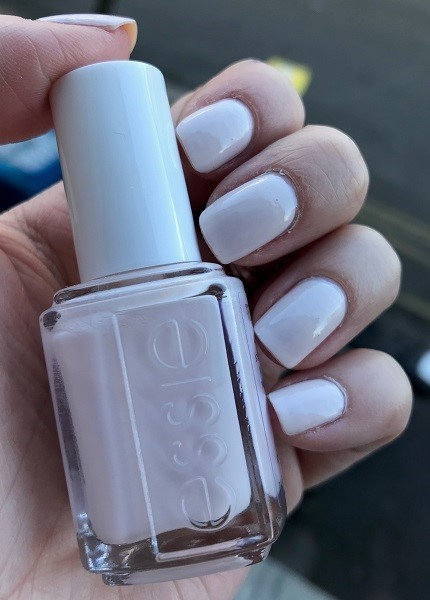 #MardiMani #64 : In A Blush – Essie