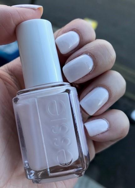 Essie - In a Blush #1 (1)