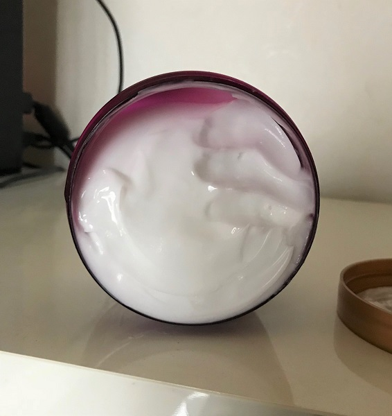 Maui Moisture - Shea Butter Hair Mask #1