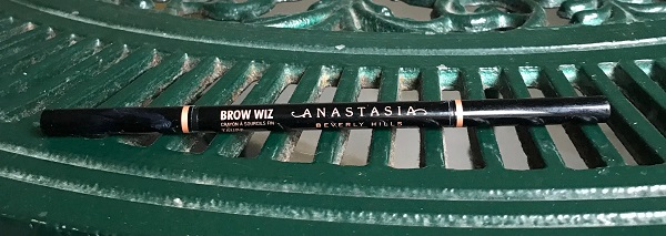Anastasia-beverly-hills-brow-wiz.jpeg