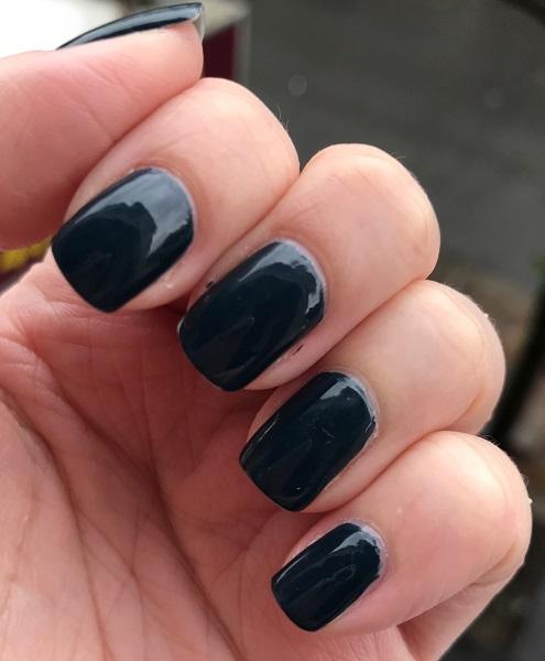 Essie - On Your Mistletoes #3
