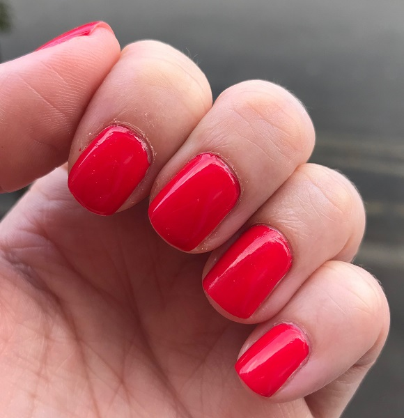 Essie - Too Too Hot #3