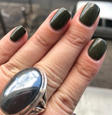 OPI - Suzi - the first lady of nails #2.jpeg