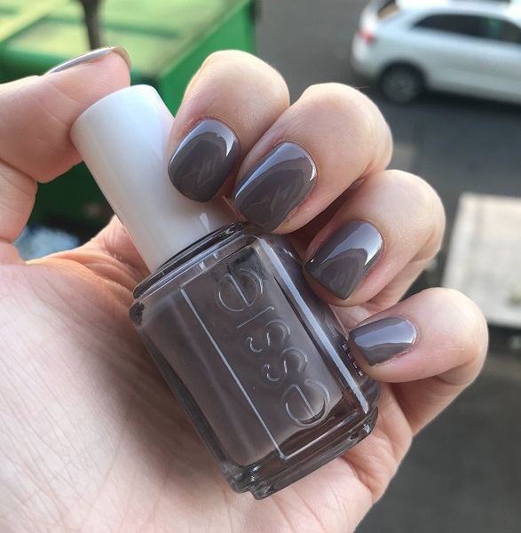 Essie - Chinchilly #1